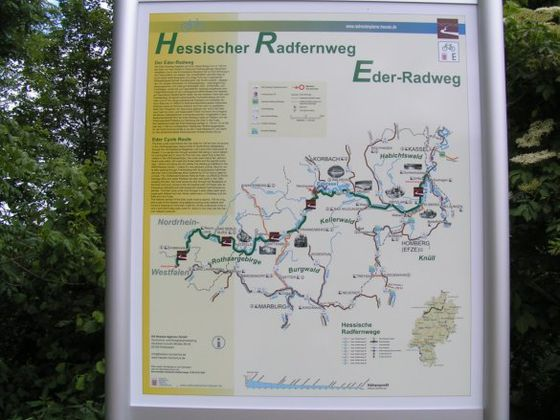 Many informations along the Trail