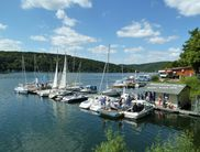 The pier of the 'Water Sports Center Sun & Fun' directly at the Edersee dam